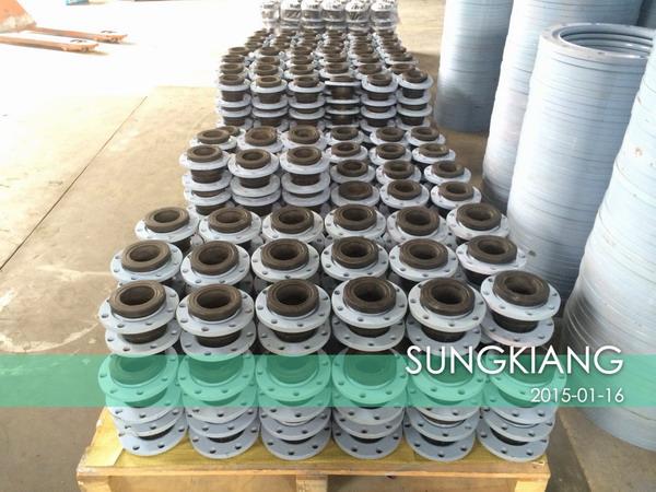 上海水泵厂配套橡胶接头发货